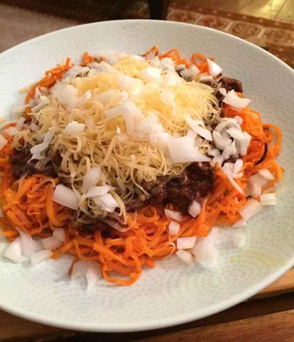 roasted sweet potato noodles with Cincinnati Chili